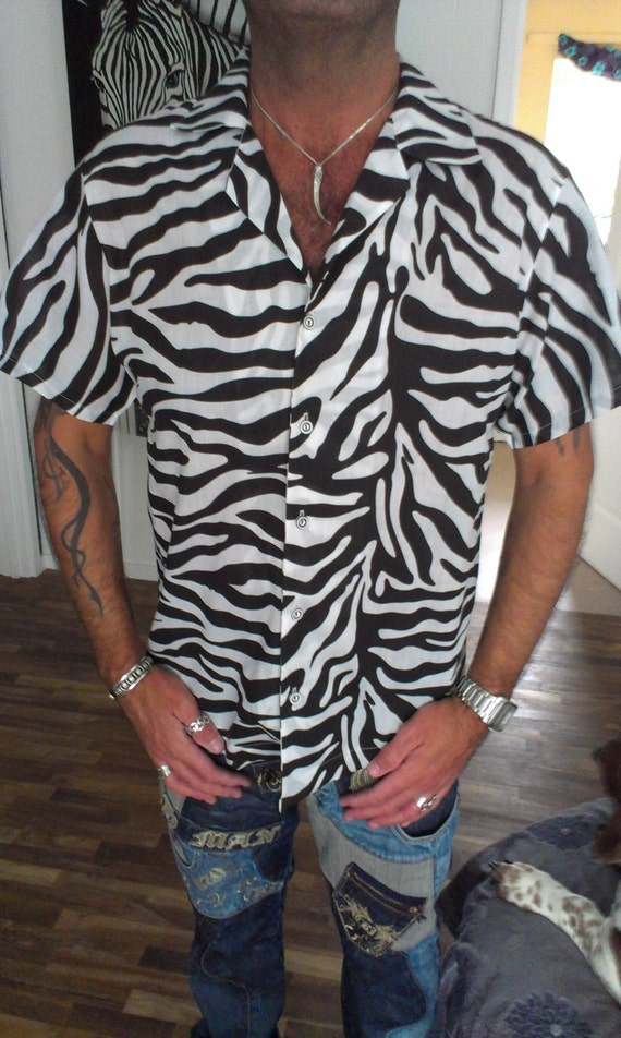 Animal Print Shirts. invalid category id. Animal Print Shirts. Product - Anna-Kaci S/M Fit Black Happy Prancing Dancing Bright Shiny Zebra Print T-Shirt. Reduced Price. Product Image. Price $ List price $ Marketplace items (products not sold by russia-youtube.tk).