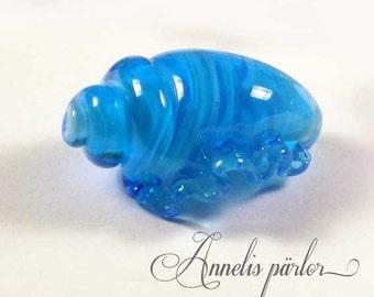 Handmade lampwork glass large shell bead, aqua, Artisan, SRA