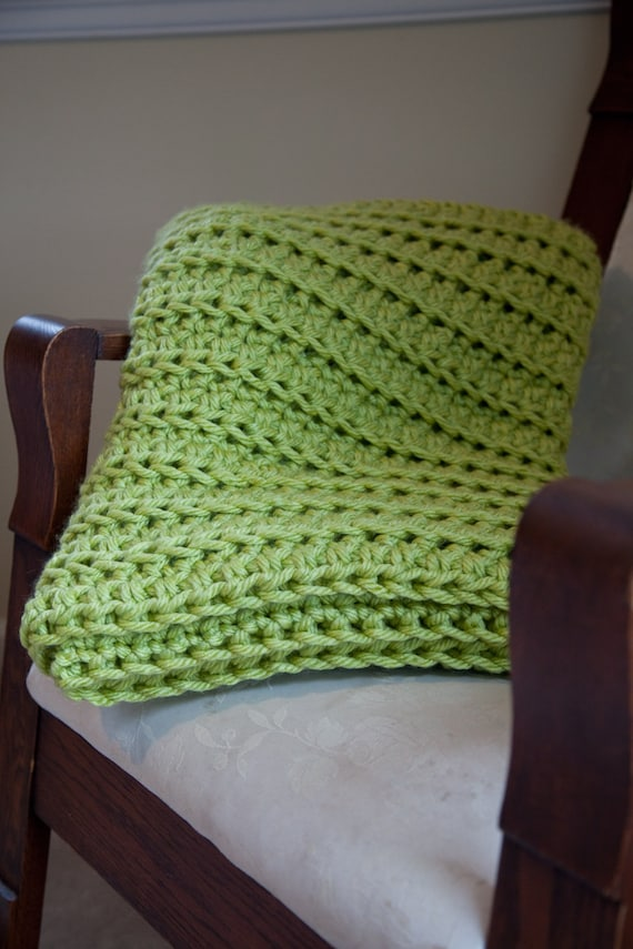 items similar to crochet throw blanket lime green afghan sofa blanket chunky cozy and warm. Black Bedroom Furniture Sets. Home Design Ideas