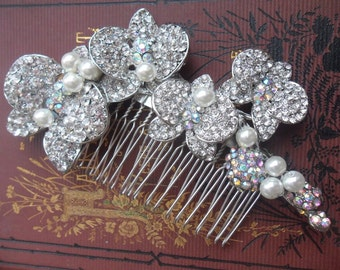 Vintage style hair accessorie perfect for any special occasions