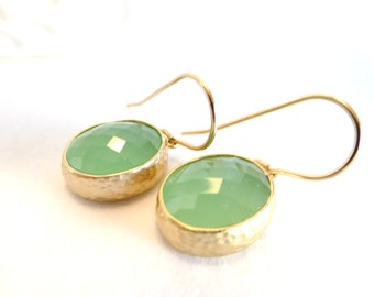 Mint Bridesmaid Earrings Gold and Mint Wedding Jewelry Mint Green Crystal Gold Drop Dangle Mint Bridal Jewelry Mint Earrings