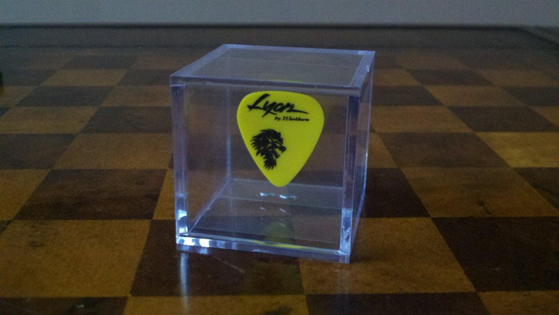 single guitar pick collector display case box by upperbound. Black Bedroom Furniture Sets. Home Design Ideas