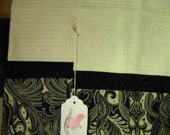 Black n Paisley/ elegant, pleated towels, absorbant waffle fabric