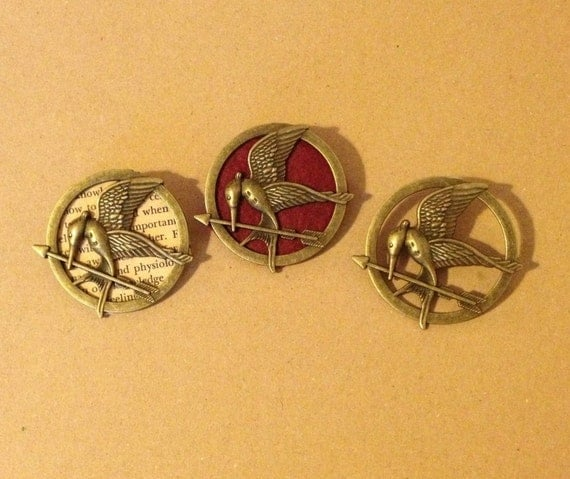 'The Hunger Games' Mockingjay Pins by Gliterature.