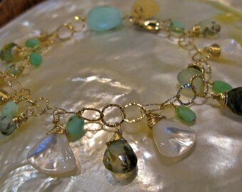 Mother of pearl and peruvian opal bracelet