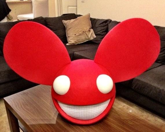deadmau5 red suit - photo #8