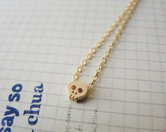 SALE 15% OFF - Tiny skull bracelet in Gold