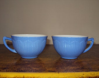 Vintage periwinkle milk glass cups