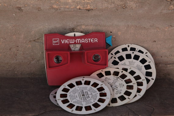 View Master / vintage viewmaster with slides / 1980s toy