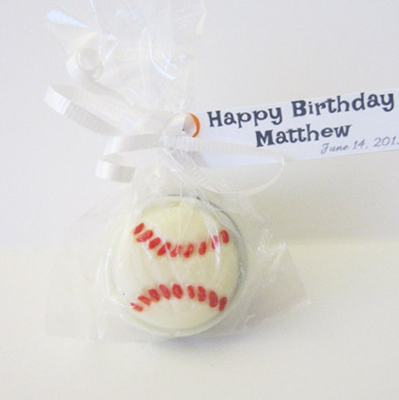 12 Chocolate Covered Baseball Oreo Cookies. Perfect for birthday party favors.