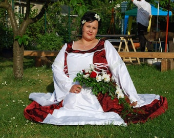 Plus size Wedding Gown historical, over size wedding dress, red, white, medieval, middle age