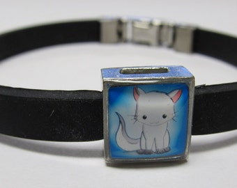 Cute Cartoon Kitty Link With Choice Of Colored Band CharmBracelet
