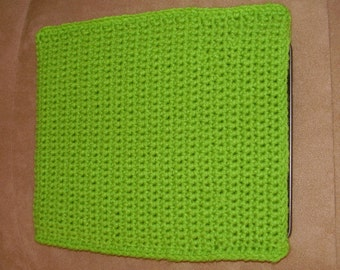 Crochet iPad / tablet case/sleeve - green