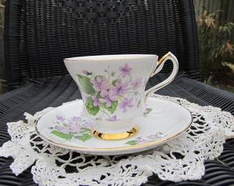 Vintage Teacup - Windsor Bone China