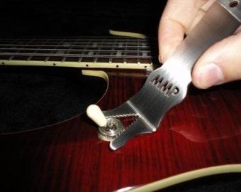 Monkey Wrench - Monkeytec Guitar Tool with FREE logo sticker