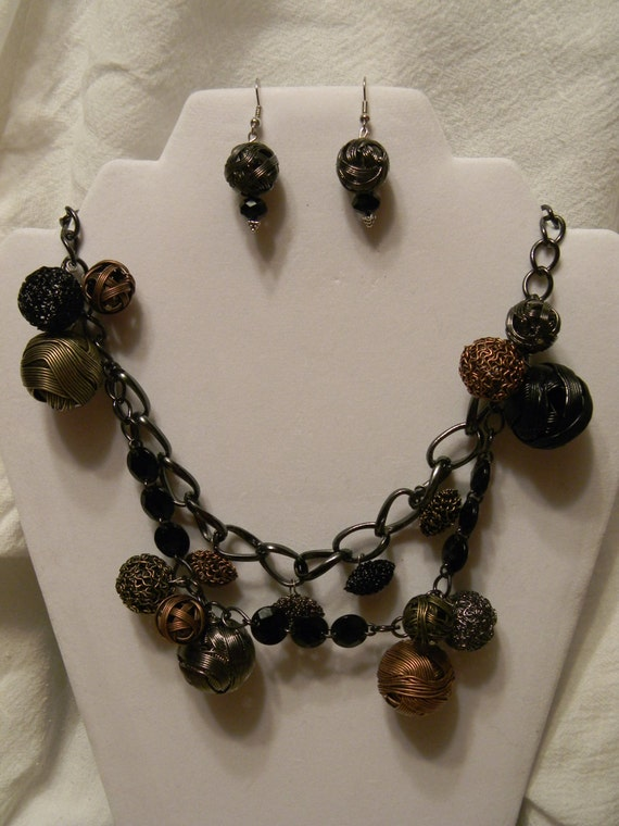 wrapped tight wire necklace set by jaiboogiesmom on etsy