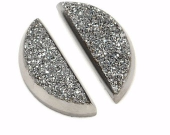 Sparkling Grade AAA 2 Pieces Silver / Grey Half Moon Calibrated Druzy Agate Cabochon 4x9m B56DR8488