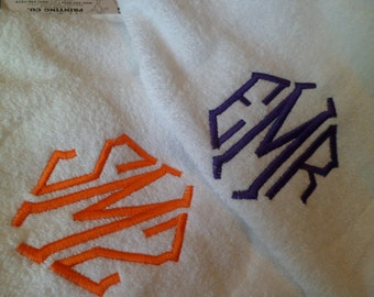 MIX or Match Set of two monogrammed bath towels. Wedding, Birthday, Graduation, Men, Women