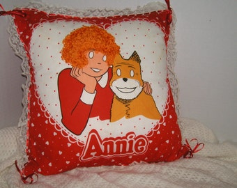 Annie Pillow with Loopy Hair