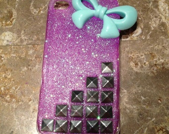 Studded bow iPhone 4/4s case