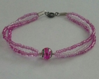 Zahara Collection Pink and White Glass Bead Bracelet