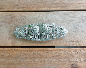 Vintage belt buckle turned into brooch