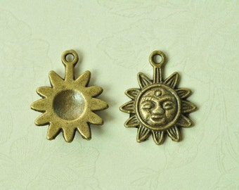 20pcs Antique Bronze Sunflower Charms 17mm MM949