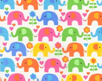 Patchwork Quilting Fabric Timeless Treasures Kidz C8637 Elephant Showers white fabric