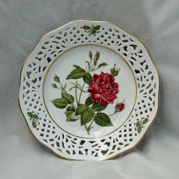 floral bavaria schumann arzberg porcelain plate rosa cruenta. Black Bedroom Furniture Sets. Home Design Ideas