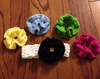Crochet headband with interchangeable flowers for size NB through adult