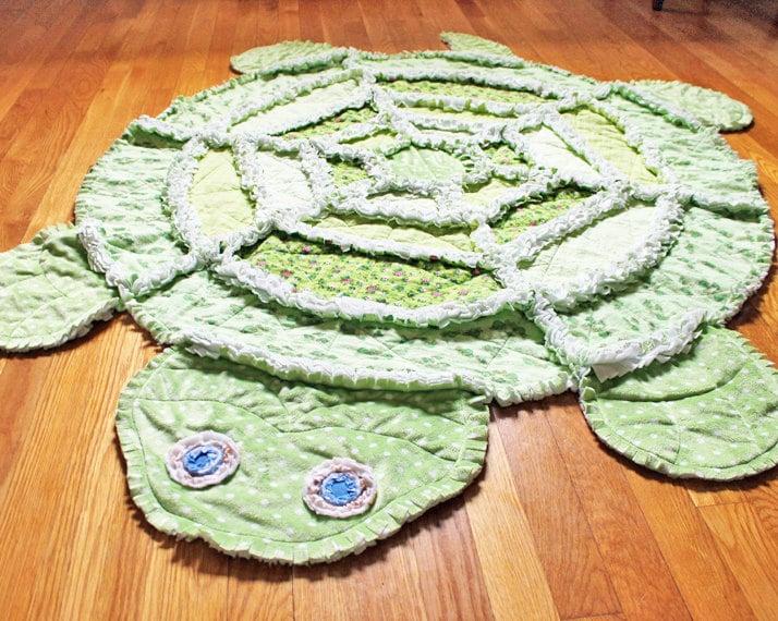 Handmade Quilt Rag Quilt Green Turtle Quilt by AnanasStitches