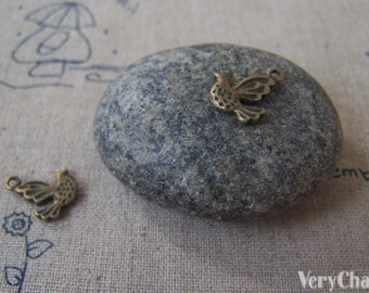 20 pcs of Antique Bronze Tiny Bird Charms 10x11mm A276