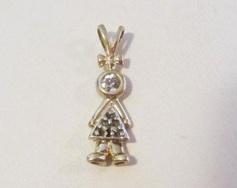 Vintage 10k solid yellow gold with cz pendant