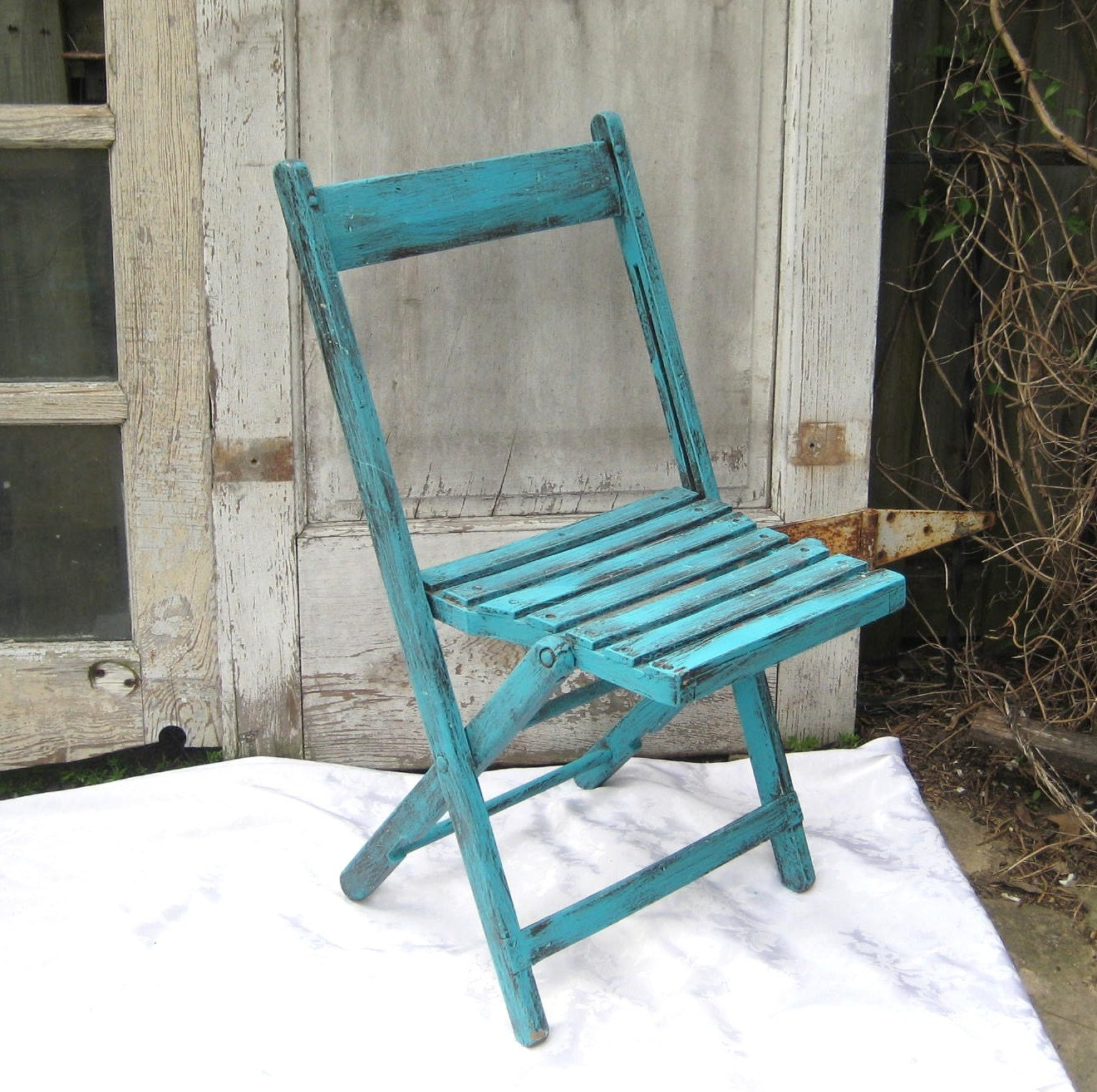 Vintage folding chair upcycled aqua garden chair rustic wood for Fold up garden chairs