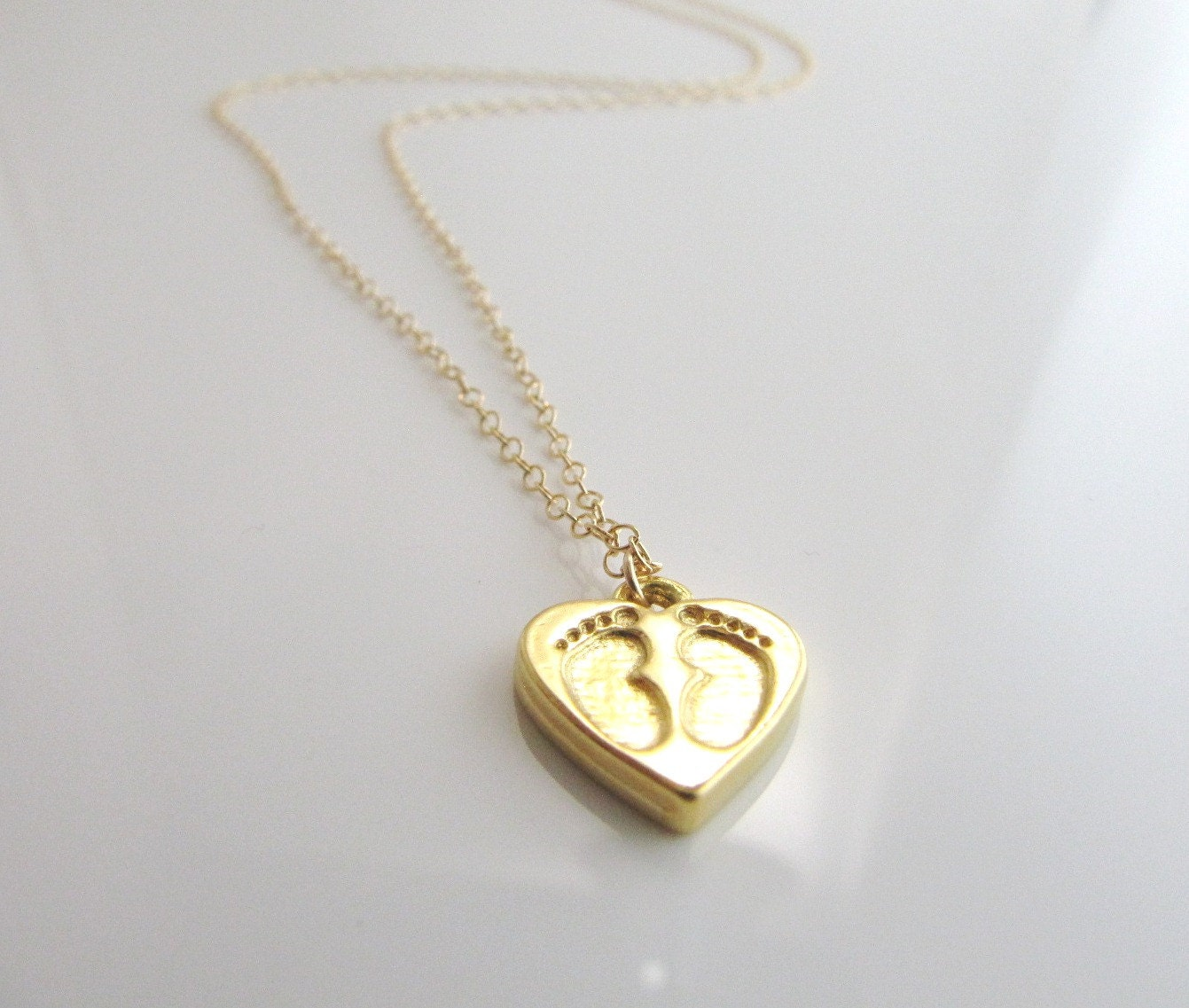 gold baby necklace with baby pendant 02 10921 by