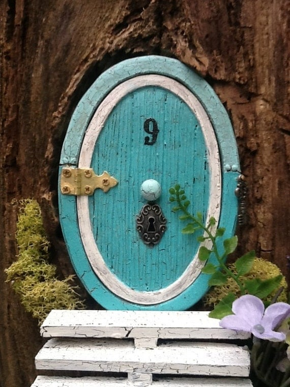 "Hinged 5 1/2""  ""hobbit-style"" Fairy door for the home or garden - Ocean blue"