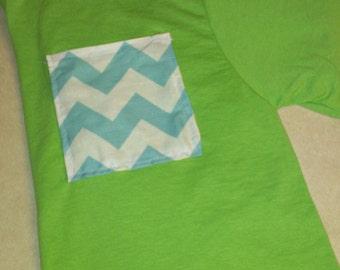 printed pocket tee shirt