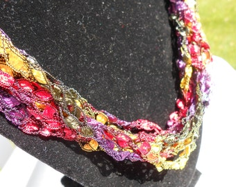 Trellis Necklace / Crochet Necklace Item No. 73