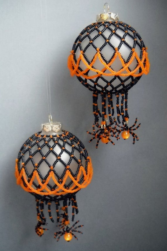 Halloween Ball Ornament with Spiders - Pattern - Lush Beads