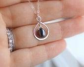 Collier perle violet, collier de perles, perle noire, demoiselle d'honneur collier, collier infini, juin Birthstone, nouveau cadeau de collier maman de paon