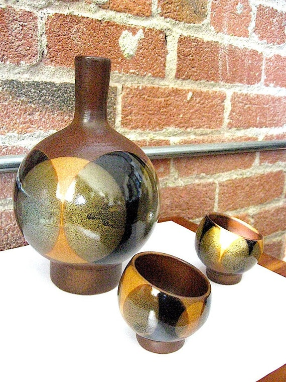 Vintage Saki Set - Mid Century Modern Saki Pot and cup set - 1 Saki Decanter and 2 slanted cup set