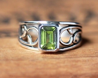 Silver vine ring, peridot ring silver, August birthstone ring, emerald cut ring, wide band ring, eco friendly ring, ready to ship sz 8.5