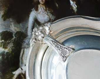 Wilcox Silver Plated Covered Entree Serving Bowl Casserole with Lid -Dish with Ornate Cover Silveplated Platter Flowers Floral 1940s