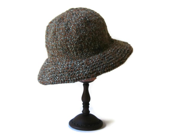 Cloche Hat Knitted in Tweed Gray and Brown Blend Wool
