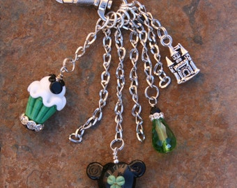 Lucky Green Magical Mouse Sweet Leprecaun Clover Lampwork Glass DeSIGNeR Purse Charm Dangle Disney Inspired Mickey Minnie Mouse Style