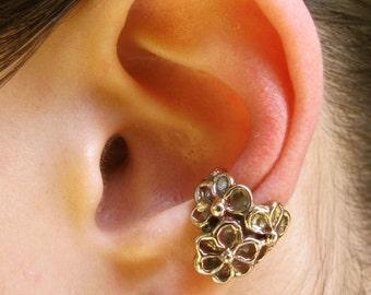 Flower Ear Cuff Bronze Daisy Ear Cuff Daisy Love Ear Cuff Bronze Flower Jewelry Daisy Jewelry Floral Jewelry Non Pierced Earring Minimalist