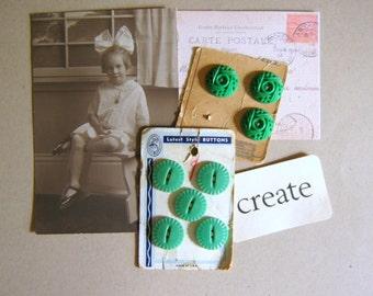 Vintage Green Buttons Plastic Vintage Supplies Scrapbook Altered Art
