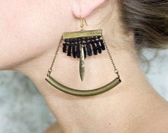 Lace earrings - Libra - Black lace with bronze metals