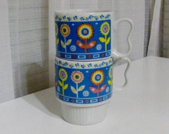 Two Blue Zig-Zag Flower Garden Mugs