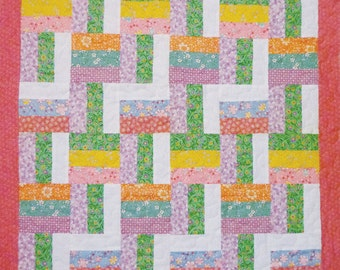 SALE  - Spring Rail Fence Table Topper Baby Quilt 1930s prints